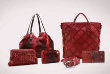 SAN VALENTÍN 2014 / VALENTINE'S DAY 2014 / Abbacino says goodbye to its successful AW13 Collection with a selection of designs at irresistible prices (50% OFF) Celebrate Valentine´s Day with one of our passionate red bags…