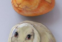 Rabbits-painted rocks / Painted rocks home decorations
