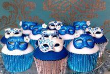 Cupcakes / by Maria Lourdes Garcia Iglesias