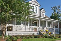 Bed and Breakfasts in Natchitoches / Click on this board to see all of the bed and breakfasts in Natchitoches! You'll see beautiful pictures, the location, and B&B's websites.