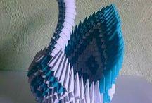 Cisne con cuadritos de papel ( origamy)