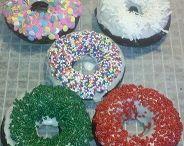 Donuts / Donuts or Doughnuts