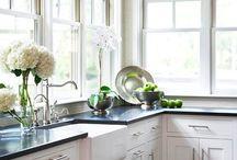 Kitchen / by Sabrina Ross