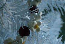 Christmas Crafts / by Alexandria Snider