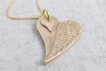 Bronze Anniversary Gifts / Gift Ideas for Bronze Wedding Anniversary.