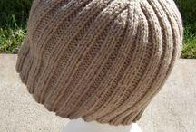 czapki  :nakrycia głowy