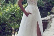 Λευκά νυφικά φορέματα