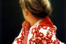 """Gerhard Richter (Werke des Jahrhundertkünstlers) / Der Schein ist sein Lebensthema: die Fraglichkeit allen Wissens, das wir von der Realität beanspruchen. Alles sehen, nichts begreifen"""" lautet eine Losung des Kölner Malers, der am 9. Februar 80 Jahre alt wurde.  Weitere Infos zu diesem außergewöhnlichen Künstler gibt es hier: http://www.kunstplaza.de/kuenstler/gerhard-richter-ein-jahrhundertkuenstler-wurde-80-jahre/"""