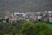 Villas medievales del Pirineo Aragones / http://www.viajealpirineo.com/villas-medievales-pirineo/