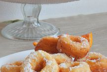 Frittelle dolci donuts Cronuts chiacchiere