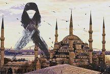 Saldırılar - Suicade Attack / marmassistance ailesi olarak, İstanbul Sultanahmet Meydanı'ında masum insanları hedef alan terör saldırısını şiddetle kınıyoruz.  Dünyanın her yerinde olabilen terörün maalesef ırkı, dini, milleti olmadığını ve masum insanları hedef alarak, hiç günahları yokken onları hazin bir sona sürüklemesi kabul görmeyecek ve affedilmeyecek bir eylemdir. Bu nedenle,  üzüntümüzün derinliğini paylaşırken, dayanışmamızı firma olarak ifade etmek isteriz.