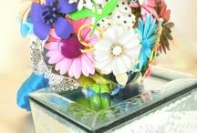 Vintage Flower Pins / by Kari Graves