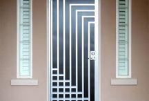 tralis pintu minimalis