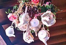 hanging teapots