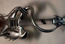 Guitares insolites