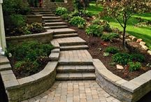 Paths and Stepstones / Ideas for making Pathways and Cool Stepstone walkways