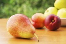 Verger du Relais / Au Verger du Relais, on cultive plus de 20 variétés de pommes ainsi que 2 variétés de poires que vous pouvez cueillir vous-mêmes! Pommes, poires et prunes en vente au kiosque.