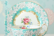 Teapots, Fine China, and collectibles / by Samantha Davis