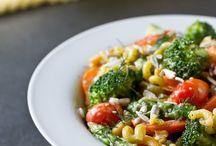 Food - Salads / by Gari-Ann Lenore