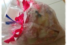 Heart Hampers and Gifts / Gift hampers for every occasion to suit any budget! X