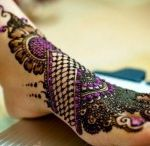 Bridal Mehndi Designs / Bridal mehndi designs are particularly in bold patterns and show the effects of girlhood as well as womanhood. These designs are thick and very beautiful.