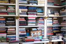 I LOVE BOOKS / READING IS A GREAT WAY TO ESCAPE,RELAX AND ENJOY YOUR IMAGINATION