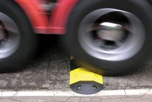 Speed Humps / Speed humps, speed bumps, traffic moderation