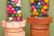 Despachador de dulce en madera