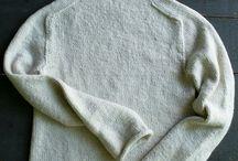 Красивый простой свитер