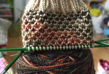 Strik og andet håndarbejde / Ret strik i garn m skiftende farver
