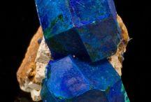 Azurite et Malachite / Carbonates : Cu3(CO3)2(OH)2 et Cu2CO3(OH)2