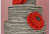 Cakes: Black and Red / by Bonnie Merchant
