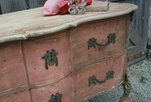 french and gustavian style