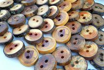 κουμπιά καρφιτσες ξύλινα