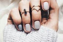 Nails / Unghiutzeee