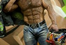 FURRY / Hot hairy men