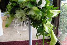 Wedding Bouquet. / Bouquets that we made.  We are Vie de Flore.  Flower shop in Okinawa Japan.