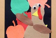 Fall Crafts (Halloween/Thanksgiving) / Fall crafts for Halloween and Thanksgiving, for Pre-K and Kindergarten classrooms!