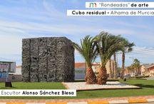 """""""Rondeados"""" de arte / Paseo por las diferentes esculturas que nos reciben en cada una de las entradas de las diferentes ciudades de la Región de Murcia.   Queremos saber quién las hizo, por qué, cuando y que representan realmente."""