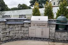 Outdoor Living / Beautiful outdoor kitchens and fireplaces designed by Bluegrass!