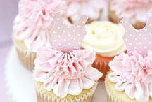 Cup Cakes y Muffins / by Mary Gómez Alvarez