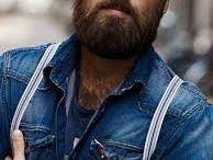 Best Christmas Present Ideas for Bearded Guys 2016 / Showcasing the best gift ideas for bearded guys this holiday season!