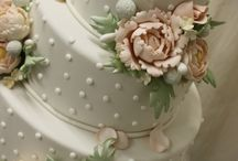 Sweet and Decadent Cakes / Let them eat cake