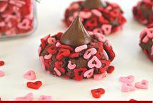 Valentine's Day Food / Food for Valentine's Day | Dinner Ideas for Valentine's Day | Desserts for Valentine's | Treats for Valentine's