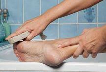 Уход за кожей ног и рук