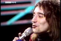 Videos of Singing Legends / Videos of Singing Legends