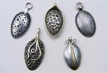 jewellery/ spoons