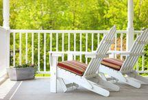 Backyard Furniture / by Theresa Stratton