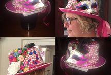 Hoeden / Zelf  gemaakt, hoeden/ headpieces. Carnaval festival Bburningman. Te bestellen