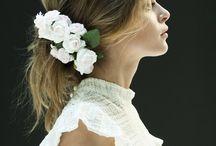 Wedding Dresses / by Maia Diaz